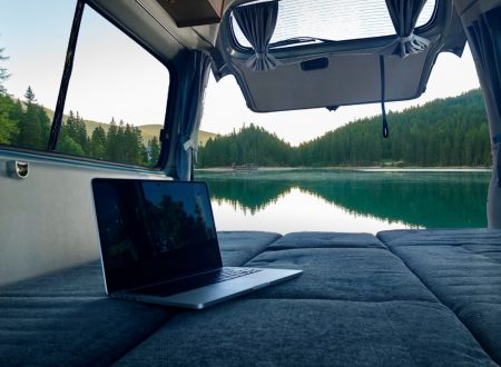 campervan-work-lake